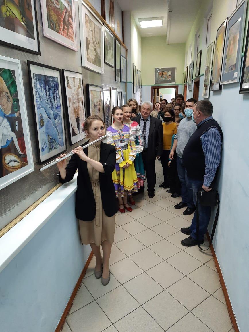 Выставка по композиции